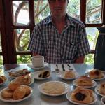 Frukosten på hotellet vårt i Zaros